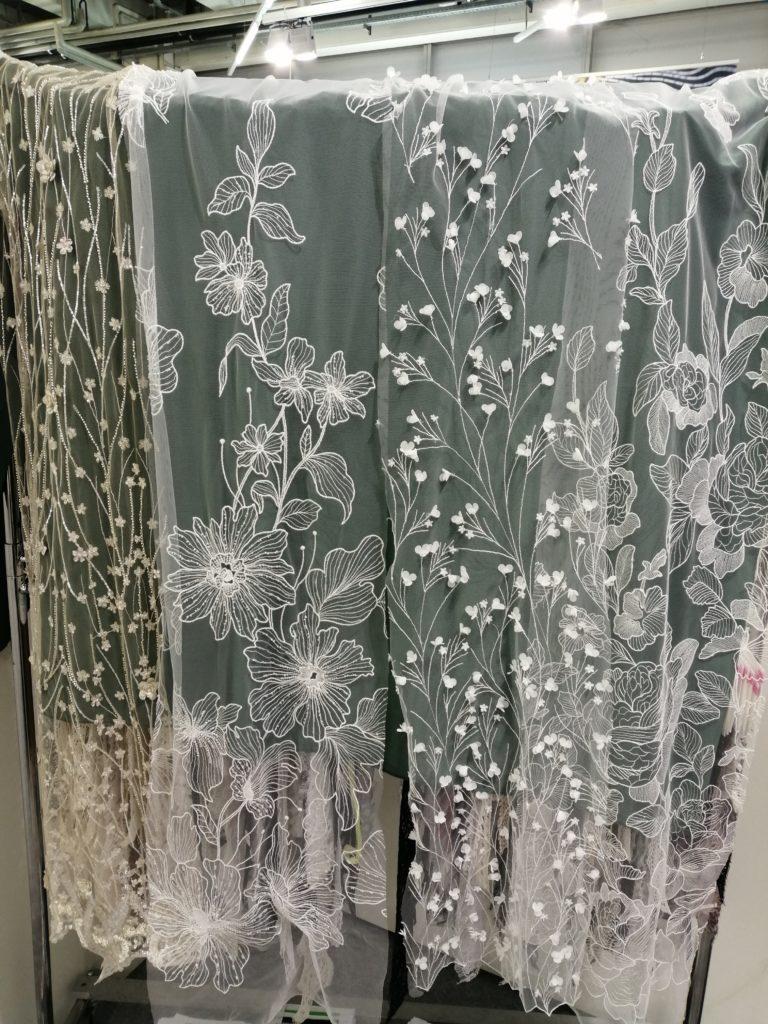 #stoffe #spitze #brautKleid #fabrics #lace #wedding #hochzeit #weddingtrends #hochzeittrends #atelier3kleider #stoffmesse #braut